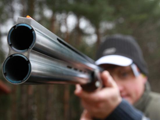 В очередном противостоянии между охотниками и любителями животных придется разбираться сотрудникам полиции