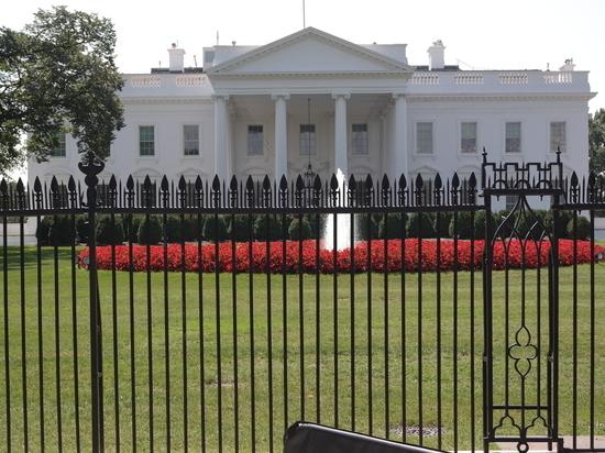 """В Белом доме намекнули о дополнительных санкциях против """"Северного потока-2"""""""