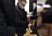 Распространено видео задержания главы комитета по госсзакупкам на Ставрополье