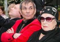 Актриса Лидия Федосеева-Шукшина обратилась в суд на сына своего мужа Бари Алибасова и потребовала взыскать с него миллион рублей в качестве компенсации морального вреда