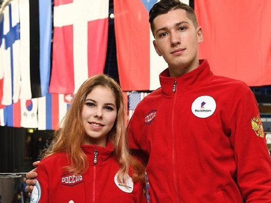 Российские фигуристы выиграли короткую программу в парном катании на командном ЧМ