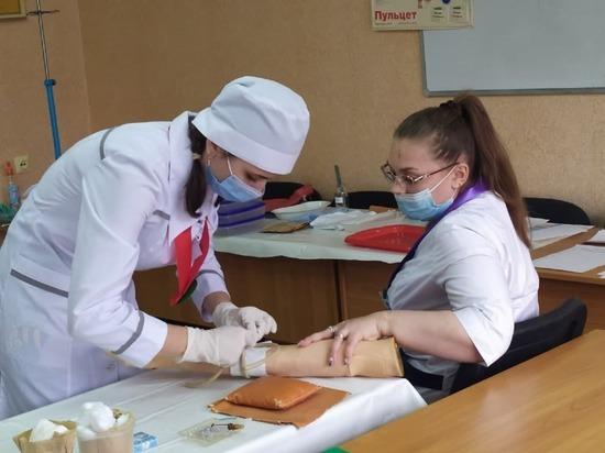 Учащаяся донецкого медколледжа победила в конкурсе молодых медсестер