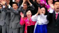 """Ким Чен Ын отпраздновал День солнца партийной фотосессией: """"море эмоций"""""""