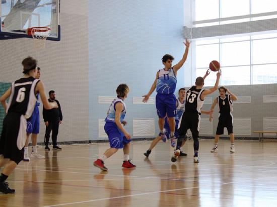 Лучшие юношеские баскетбольные команды выбрали на Ямале