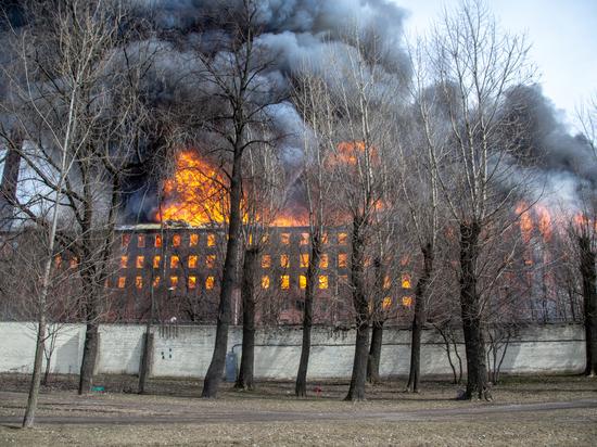 """МЧС: на """"Невской мануфактуре"""" семь лет игнорировали противопожарные предписания"""