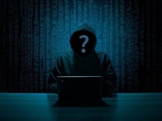Кибер-мошенники за день «развели» на деньги 2 жителей Нового Уренгоя