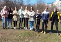 Волонтеры лицея «Развитие» привели в порядок территорию на месте мемориала
