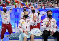 В японской Осаке продолжается командный чемпионат мира по фигурному катанию. Во второй день состоялись соревнования в произвольном танце, произвольной программе у мужчин и короткой программе у спортивных пар. Сборная России продолжает лидировать, все больше отрываясь от ближайших преследователей. «МК-Спорт» подводит итоги второго соревновательного дня командного чемпионата мира.