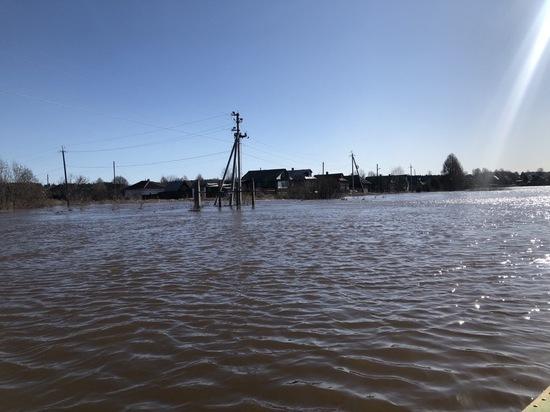 В костромском Солигаличе большая вода добралась до детского сада