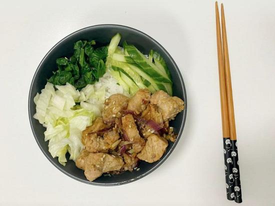 Что приготовить на ужин: свинина с медом и соевым соусом