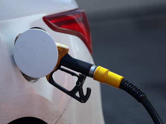 В I квартале текущего года объем трат российских автомобилистов на топливо снизился на 21% по сравнению с аналогичным периодом 2020 года