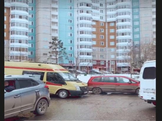 В Покровке эвакуировали жителей дома из-за подозрительного телефона в подъезде