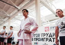 Губернатор Игорь Бабушкин дал старт соревнованиям детской лиги «Локо Дзюдо