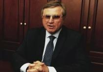 По итогам 2020 года Олег Смолин заработал больше всех из омских депутатов Госдумы