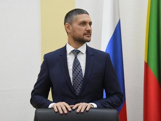 Правительство: Осипов покинул пост главы «НЭСК» 7 лет назад