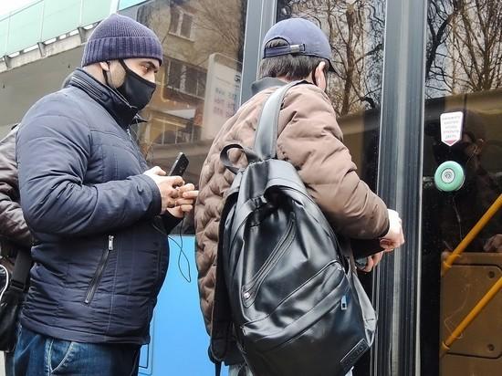 С начала апреля москвичи тысячи раз нарушили масочный режим в транспорте