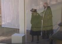 Елизавета II не смогла до конца сдержать эмоций во время церемонии прощания со своим супругом принцем Филиппом
