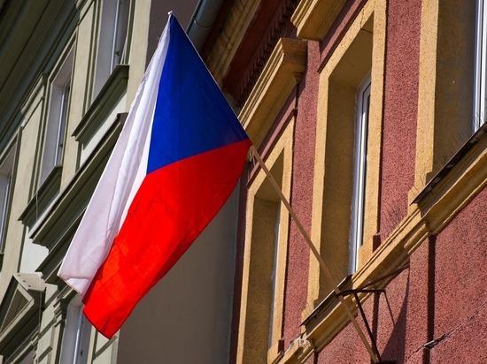Чехию заподозрили в решении закрыть свое посольство в России