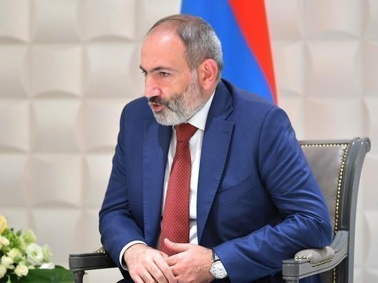 Пашиняну запретили положить цветы на могилу погибшего в Нагорном Карабахе армянина