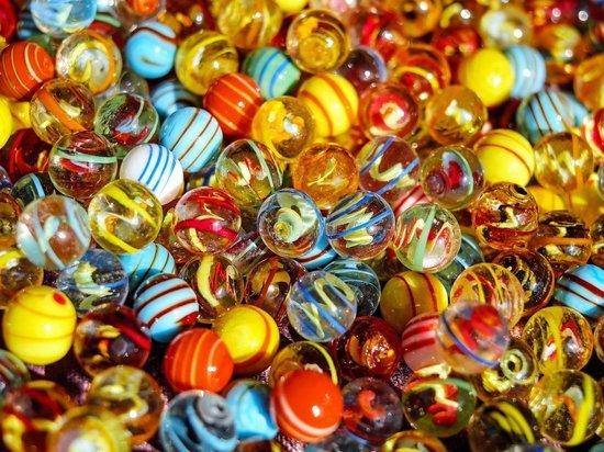 Главный педиатр Москвы назвал самые опасные детали игрушек