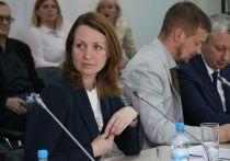 Конкурентами Фадиной за выдвижение в Думу стали два омских студента