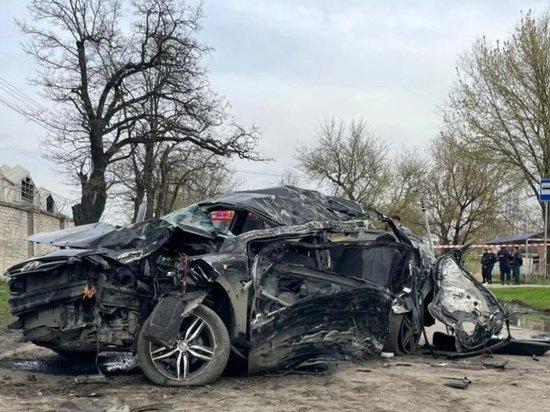 В Новочеркасске правоохранители разыскивают человека, который, предположительно, купил алкоголь местным подросткам, которые вскоре после этого разбились в ДТП