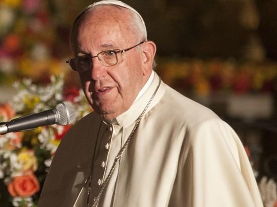 Папа Римский выразил обеспокоенность в связи с ситуацией в Донбассе