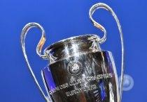 Стало известно, что в ближайшие часы 12 топ-клубов из Англии, Испании и Италии объявят о создании Суперлиги, идея которой категорически не нравится УЕФА. Союз европейских футбольных ассоциаций уже сделал ответное заявление и оно достаточно жесткое.
