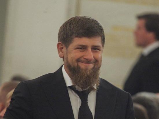 В Сети обсуждают победу 13-летнего сына главы Чечни Рамзана Кадырова в боксерском поединке