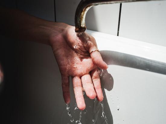 Сегодня, 19 апреля, жители Ленинского района Астрахани останутся без горячего водоснабжения