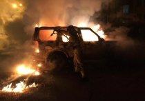 Утром в Иркутске подожгли Land Rover Discovery