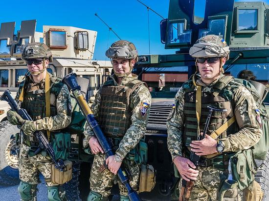 Украинский политолог объяснил нежелание НАТО принимать Украину