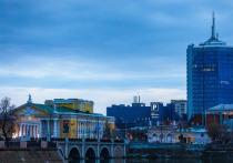 В Челябинске продолжили строительство набережной у филармонии