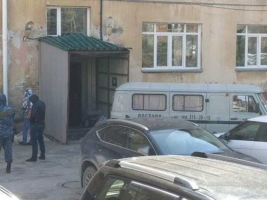 В Новосибирске заключенного застрелили при попытке побега – фото с места происшествия