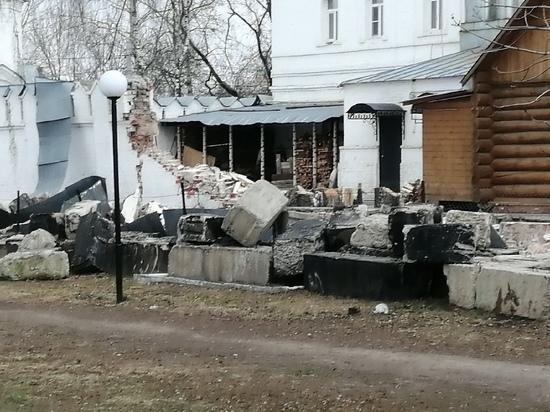 В женском монастыре Мурома рухнула стена