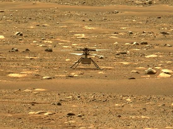 Беспилотный вертолет NASA Ingenuity совершил первый полет на Марсе