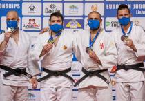 В заключительный соревновательный день предолимпийского чемпионата Европы сборная команды России по дзюдо все-таки завоевала золото: чемпионом стал супертяж Инал Тасоев (свыше 100 кг)