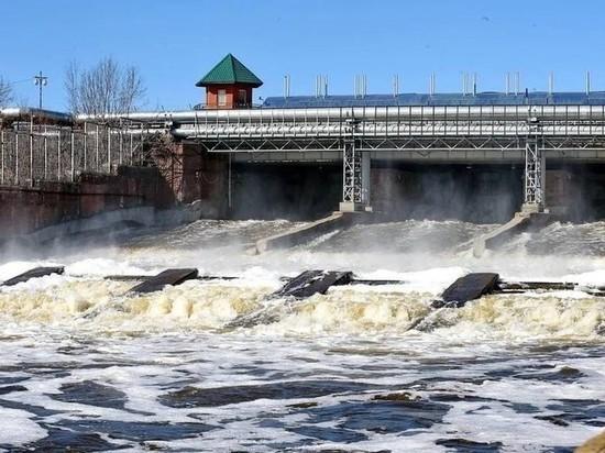 В Удмуртии начал снижаться уровень воды в реках