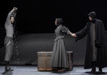 Давно уже не доводилось видеть такую ликующую публику, как на премьере «Школы жен» в Театре им. В.Маяковского