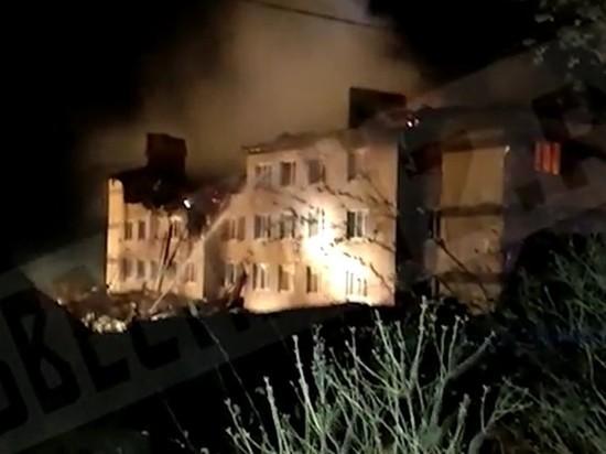 В общей сложности в результате взрыва газа в жилом доме пострадали четверо детей