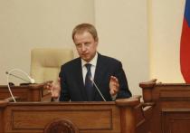 Губернатор Алтайского края Виктор Томенко отчитался о своих доходах за прошедший год