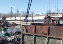 Утром 10 апреля на предприятии «АлМет», которое находится в Рубцовске, погиб 36-летний рабочий