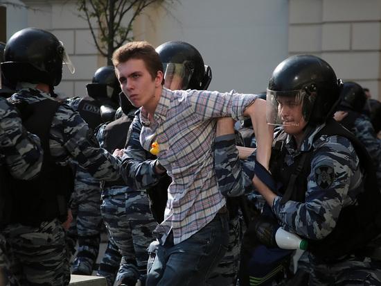 Россияне назвали главными страхами действия полиции и судов