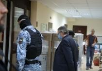 Третий предполагаемый лжесвидетель, выступивший на процессе по резонансному делу о ДТП с участием Михаила Ефремова, во вторник, 20 апреля, в Пресненском районном суде заявил о своей невиновности