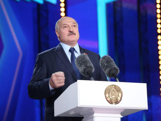 Лукашенко заявил, что нормализация ситуации на Донбассе зависит от Украины