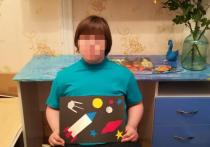 Десятилетняя Аня Дюк любит рисовать ракеты и космические корабли