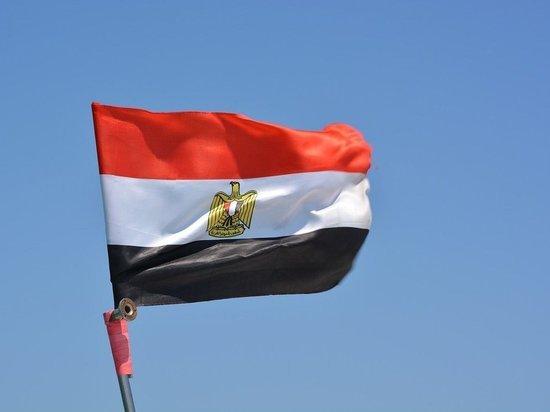 В Египте при сходе поезда с рельсов погибли 23 человека и более 130 пострадали