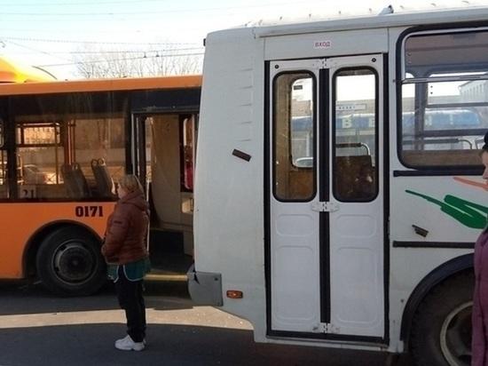 Оренбуржцы интересуются, когда власти наведут порядок с общественным транспортом