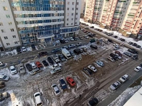 В Барнауле жильцы многоэтажек на Гущина готовят митинг против застройки в их дворе