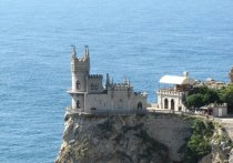 Аксенов: напряженность у границ с Украиной не помешает туристическому сезону в Крыму